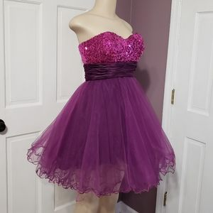 Xtraordinary strapless formal dress